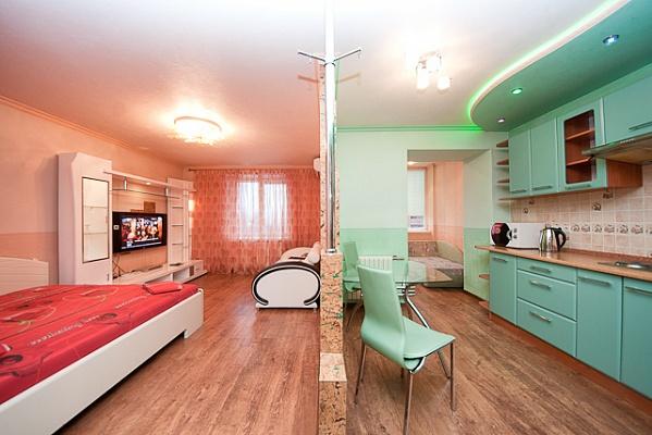 1-комнатная квартира посуточно в Донецке. Калининский район, пр-т Ильича, 22. Фото 1
