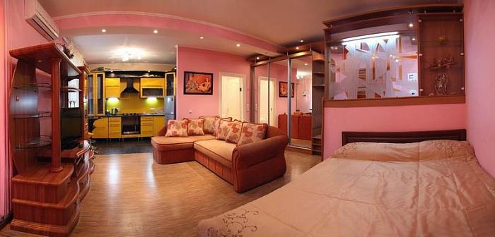 1-комнатная квартира посуточно в Николаеве. Центральный район, ул. Декабристов, 23а. Фото 1