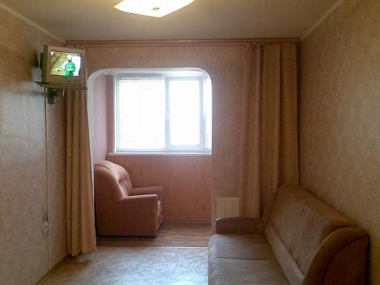 1-комнатная квартира посуточно в Черкассах. ул. Богдана Хмельницкого, 1А. Фото 1