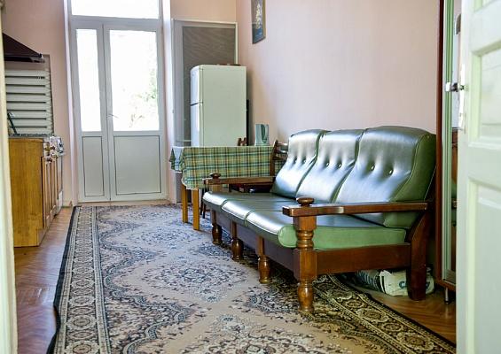 2-комнатная квартира посуточно в Одессе. Приморский район, ул. Софиевская, 15. Фото 1