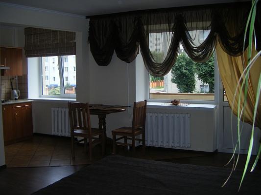 1-комнатная квартира посуточно в Луцке. пр-т Воли, 31. Фото 1