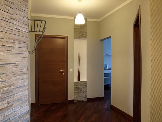 2-комнатная квартира посуточно в Одессе. Приморский район, ул. Новосельского, 15. Фото 1