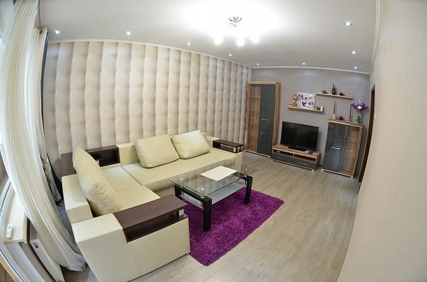 2-комнатная квартира посуточно в Николаеве. Центральный район, пр-т Ленина, 151-А. Фото 1