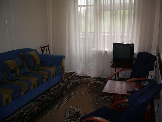 3-комнатная квартира посуточно в Киеве. Голосеевский район, ул. Красноармейская, 114. Фото 1