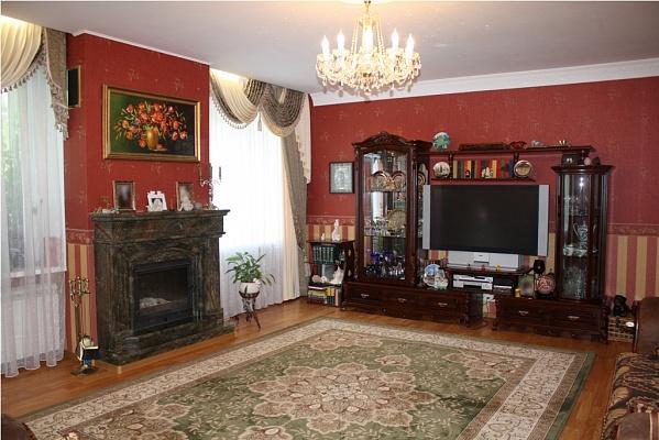 3-комнатная квартира посуточно в Хмельницком. ул. Шевченка, 42. Фото 1