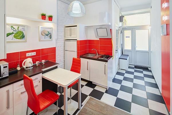 1-комнатная квартира посуточно в Львове. Галицкий район, ул. Братьев Рогатинцев, 30. Фото 1