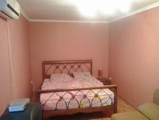 1-комнатная квартира посуточно в Киеве. Соломенский район, ул. Юлиуса Фучика, 4. Фото 1