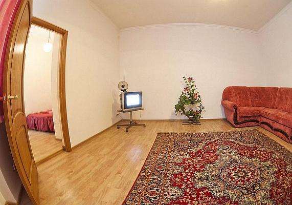 2-комнатная квартира посуточно в Львове. Галицкий район, ул. Кулиша, 13. Фото 1
