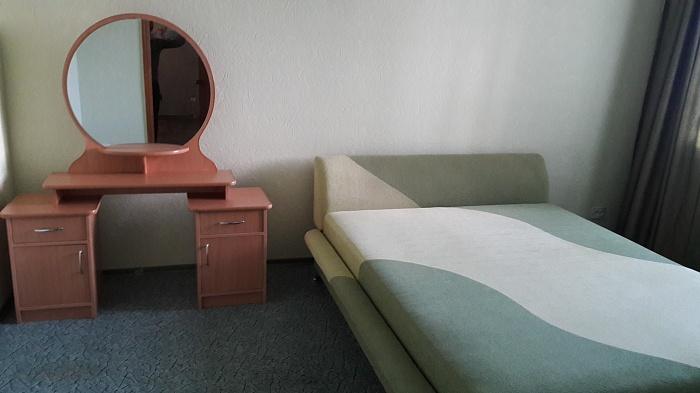 2-комнатная квартира посуточно в Харькове. Ленинский район, ул. Полтавский Шлях, 148/2. Фото 1