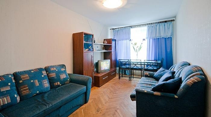 2-комнатная квартира посуточно в Северодонецке. пр-т Гвардейский, 75. Фото 1