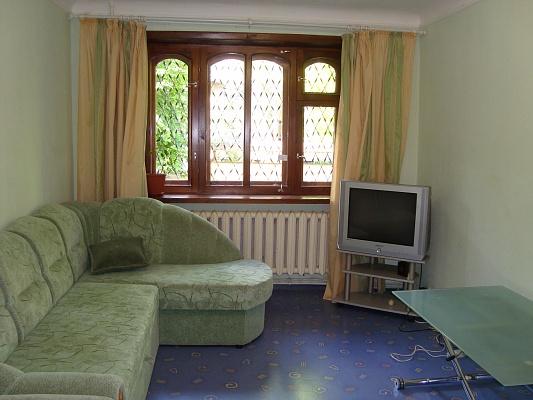 2-комнатная квартира посуточно в Никополе. пр-т Трубников, 10 В. Фото 1