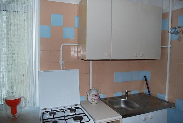 2-комнатная квартира посуточно в Киеве. Печерский район, ул.Красноармейская, 97. Фото 1