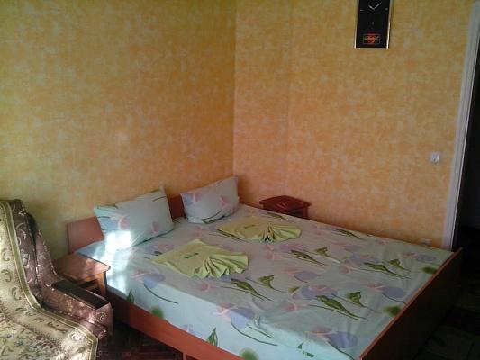 1-комнатная квартира посуточно в Каменце-Подольском. ул. Северная, 90/А. Фото 1