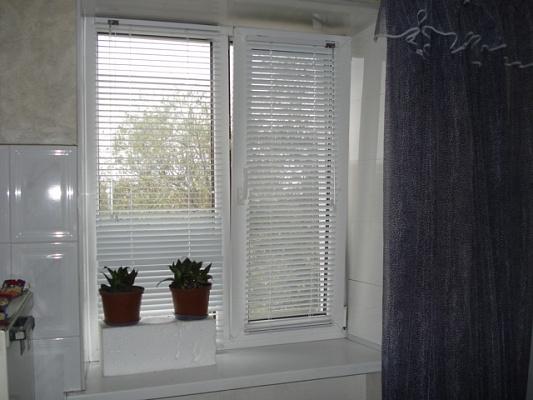 2-комнатная квартира посуточно в Мелитополе. пр-т Богдана Хмельницкого, 51. Фото 1