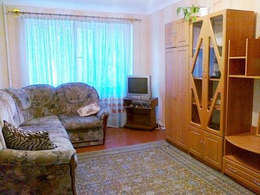 2-комнатная квартира посуточно в Симферополе. Киевский район, проспект Кирова, 68. Фото 1