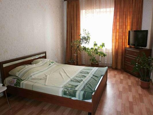 2-комнатная квартира посуточно в Херсоне. Суворовский район, ул. Московская, 9. Фото 1