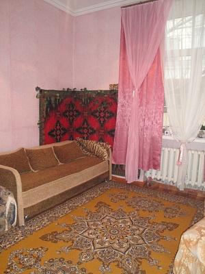 1-комнатная квартира посуточно в Одессе. Приморский район, ул. Канатная, 9. Фото 1