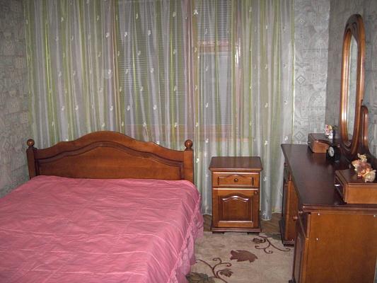 2-комнатная квартира посуточно в Хмельницком. ул. Проскуров. Подполья, 115. Фото 1