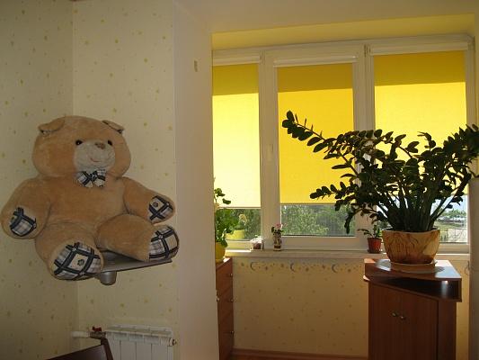 2-комнатная квартира посуточно в Ильичёвске. ул. Парковая, 14. Фото 1