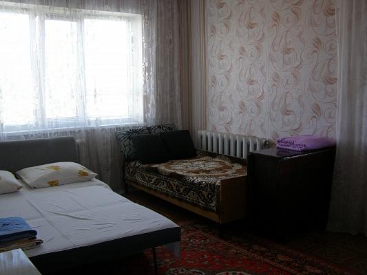 2-комнатная квартира посуточно в Южноукраинске. б-р Школьный, 1. Фото 1