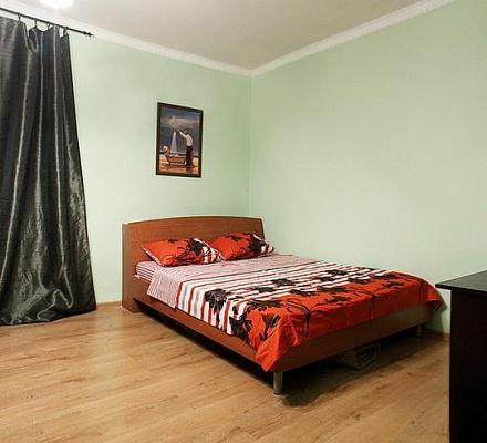 1-комнатная квартира посуточно в Львове. Галицкий район, пр-т Свободы, 11. Фото 1