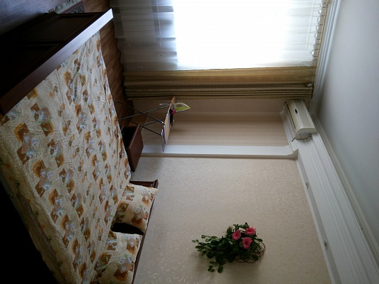 2-комнатная квартира посуточно в Киеве. Печерский район, Крутой спуск, 6/2. Фото 1