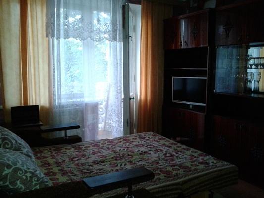 2-комнатная квартира посуточно в Феодосии. ул. Гарнаева, 69. Фото 1