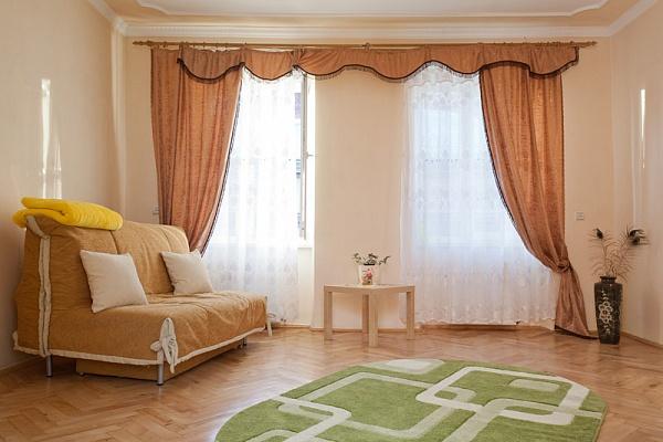 3-комнатная квартира посуточно в Львове. Галицкий район, ул. Русская, 4. Фото 1
