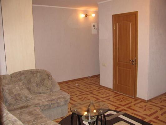 2-комнатная квартира посуточно в Ильичёвске. Пригород район, ул. Парковая, 18. Фото 1