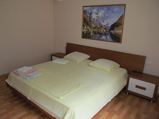 1-комнатная квартира посуточно в Измаиле. пр-т Ленина, 22. Фото 1