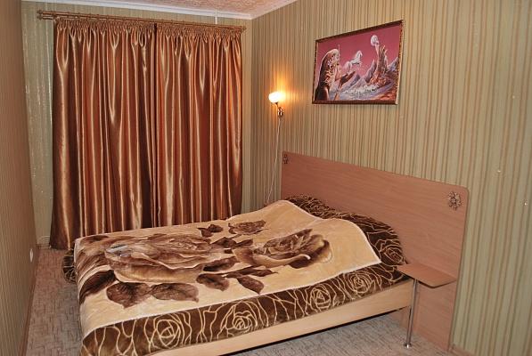 2-комнатная квартира посуточно в Измаиле. пр-т Суворова, 72. Фото 1