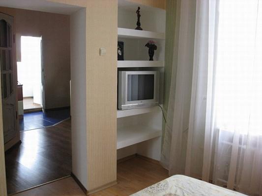 2-комнатная квартира посуточно в Одессе. Приморский район, ул. Гаванная, 3. Фото 1