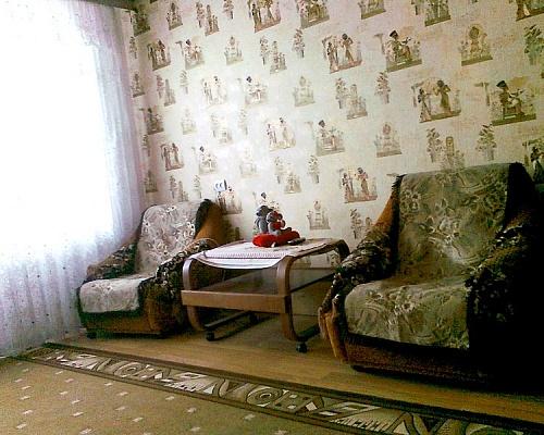 1-комнатная квартира посуточно в Каменце-Подольском. ул. Красноармейская, 10. Фото 1