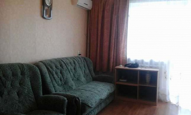 1-комнатная квартира посуточно в Севастополе. Гагаринский район, пр. Гагарина, 4. Фото 1