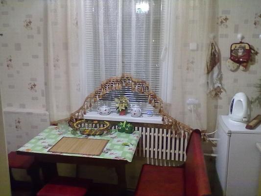 2-комнатная квартира посуточно в Буче. ул. Ворзель, 3. Фото 1