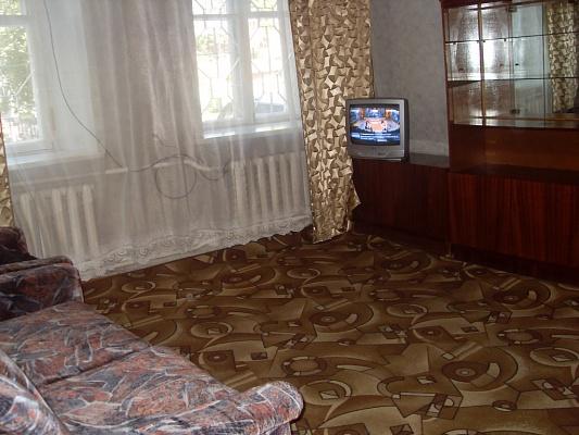 1-комнатная квартира посуточно в Каменце-Подольском. ул. Татарская, 18. Фото 1