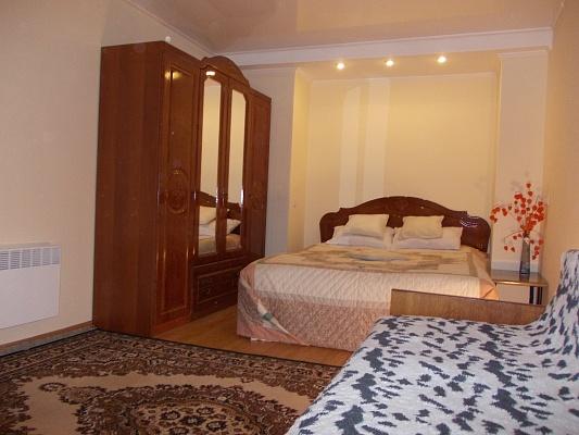 1-комнатная квартира посуточно в Трускавце. ул. Стуса, 4. Фото 1