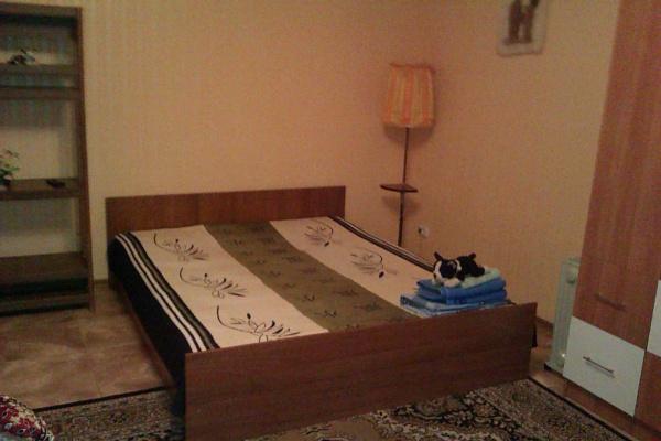 1-комнатная квартира посуточно в Северодонецке. ул. Вилесова, 12. Фото 1