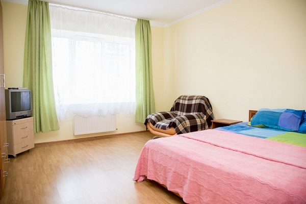 2-комнатная квартира посуточно в Львове. Сыховский район, ул. Вернадского, 42. Фото 1