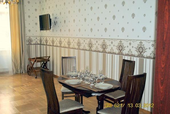 2-комнатная квартира посуточно в Львове. Галицкий район, ул. Армянская, 18. Фото 1