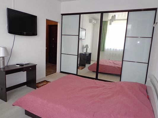 1-комнатная квартира посуточно в Одессе. ул. Архитекторская, 24. Фото 1