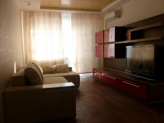1-комнатная квартира посуточно в Северодонецке. ул. Гагарина, 97. Фото 1