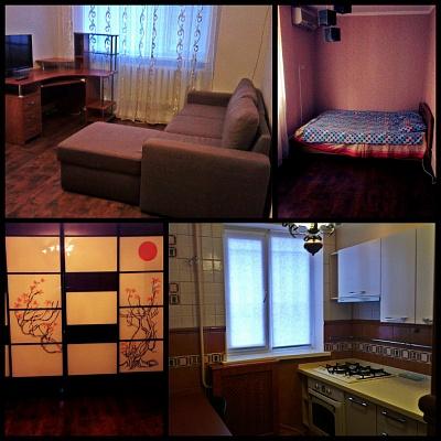 2-комнатная квартира посуточно в Симферополе. Киевский район, ул. Киевская, 119. Фото 1