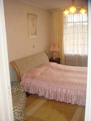 1-комнатная квартира посуточно в Львове. Галицкий район, ул. Стрыйская, 28. Фото 1