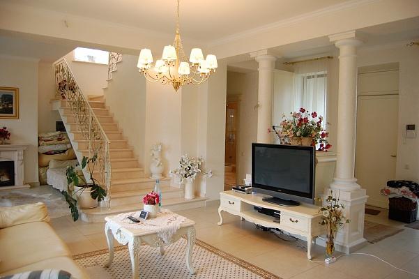 Дом  посуточно в Одессе. ул. Ближняя, 12. Фото 1