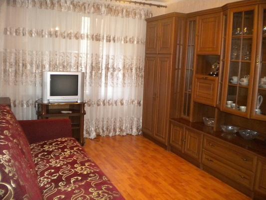 2-комнатная квартира посуточно в Харькове. Московский район, ул. Академика Павлова, 162 е. Фото 1