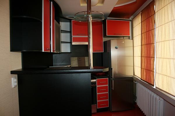 1-комнатная квартира посуточно в Луцке. ул. Градный Спуск, 2. Фото 1