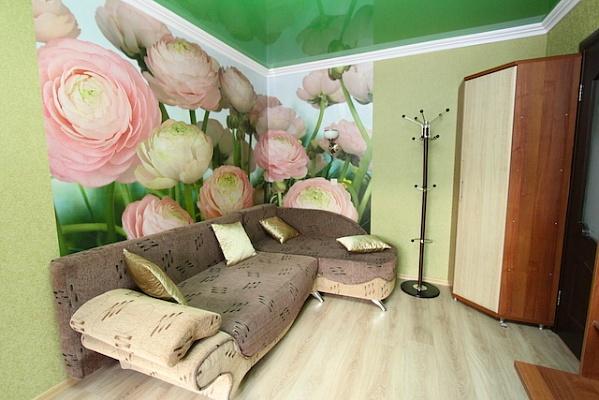 1-комнатная квартира посуточно в Феодосии. ул. Галерейная, 19. Фото 1