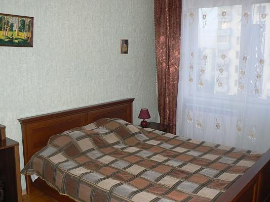 1-комнатная квартира посуточно в Киеве. Соломенский район, ул. Урицкого. Фото 1