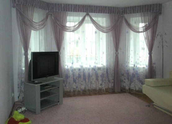 1-комнатная квартира посуточно в Тернополе. ул. Злуки, 8. Фото 1
